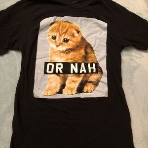 Hot Topic Cat Or Nah graphic tee